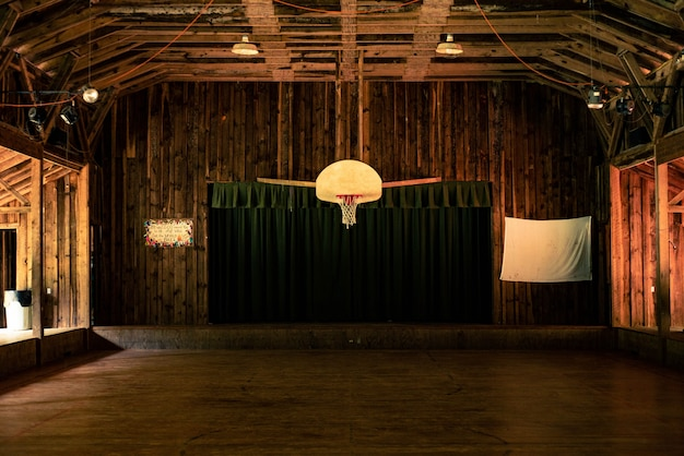 Indoor fotografie van basketbalveld