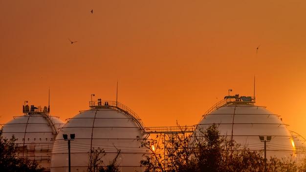 Industriële gasopslagtanks