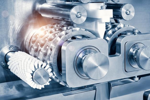 Industriële koekjes- en snoepmachine close-up