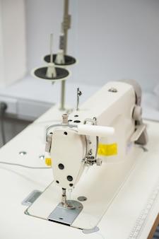 Industriële naaimachine