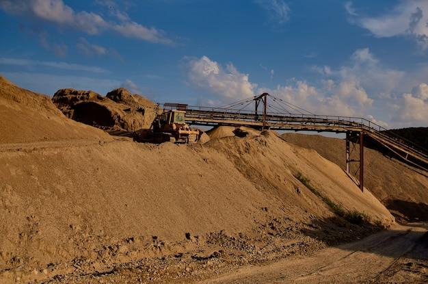 Industrieterrein bouwwerkzaamheden zandindustrie Premium Foto