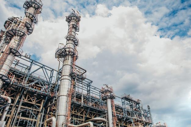 Industriezone, de uitrusting van olieraffinage