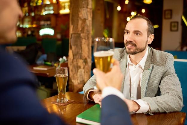 Informele bijeenkomst van zakenpartners