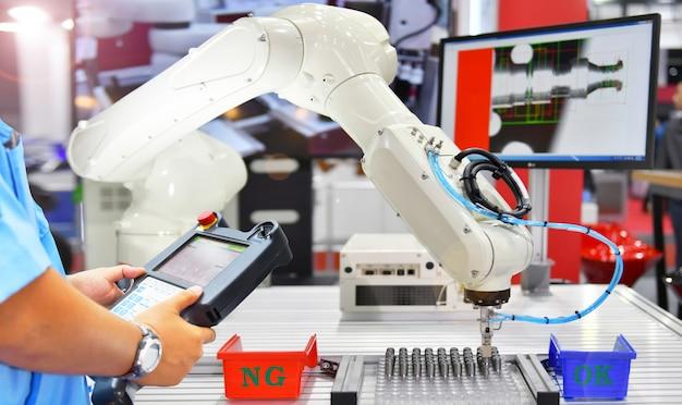 Ingenieur controle en controle automatisering