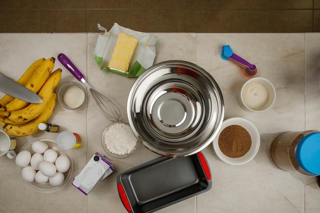 Ingrediënten om een bananenpannenkoek mexicaans thuisbakconcept te maken