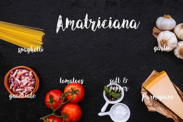 Ingrediënten voor amatriciana pasta