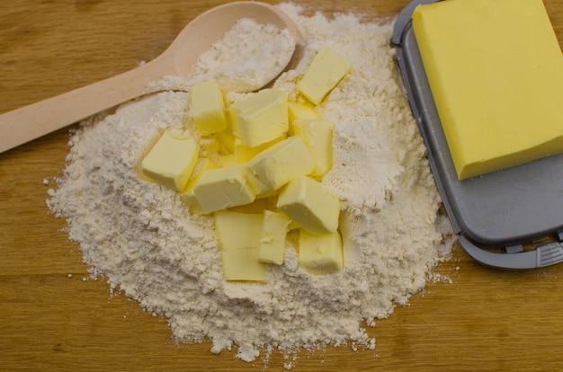 Ingrediënten voor cake voorbereiding
