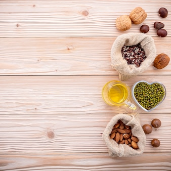 Ingrediënten voor de selectie van gezonde voedingsmiddelen.