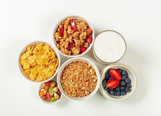 Ingrediënten voor gezonde voeding ontbijt