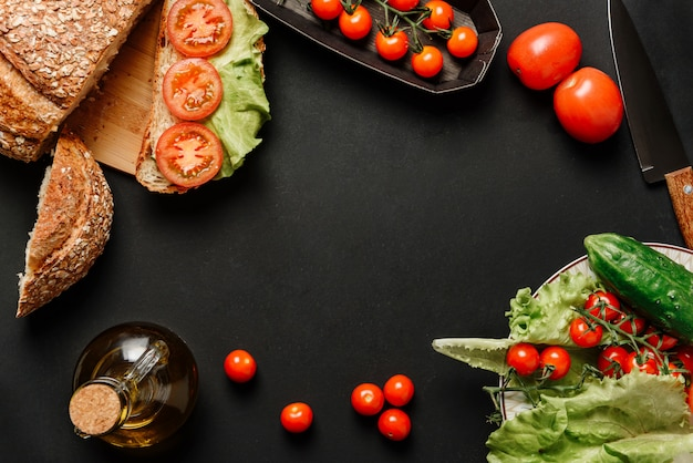 Ingrediënten voor het bereiden van een vegetarisch ontbijt