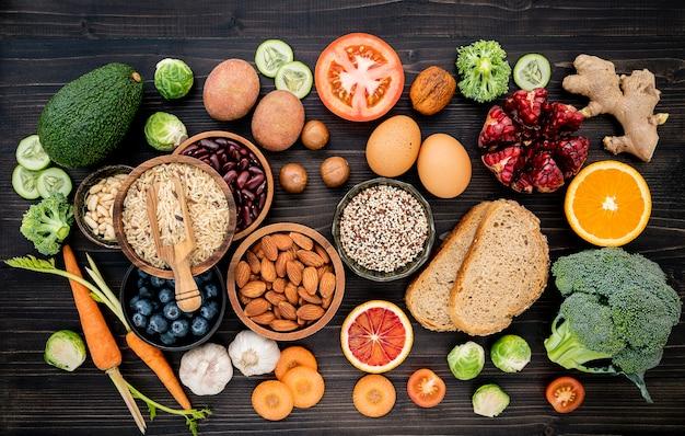 Ingrediënten voor het instellen van gezonde voeding.