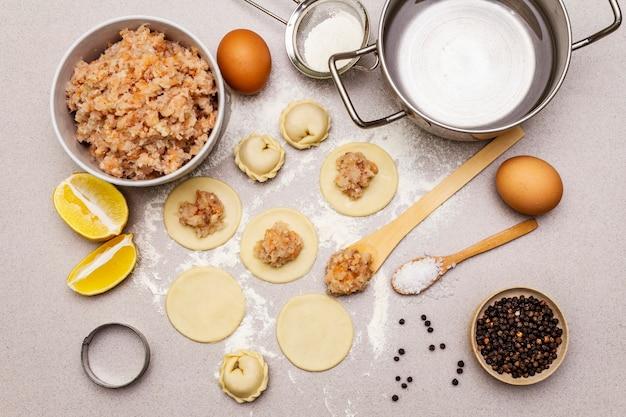 Ingrediënten voor het koken van visbollen