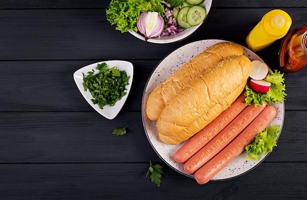 Ingrediënten voor hotdog