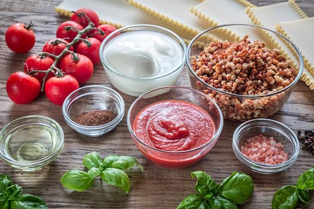 Ingrediënten voor lasagne