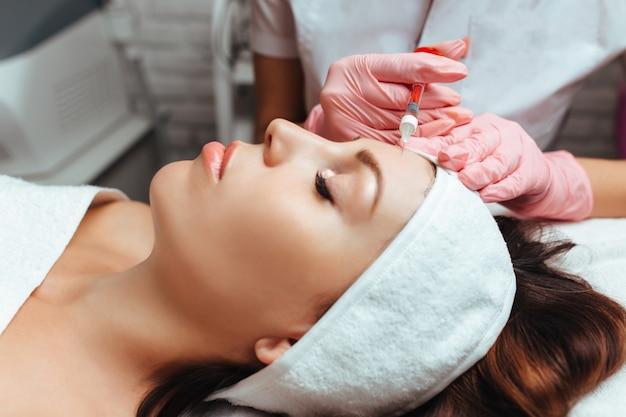 Injecteerbare gezichts- en lichaamslift