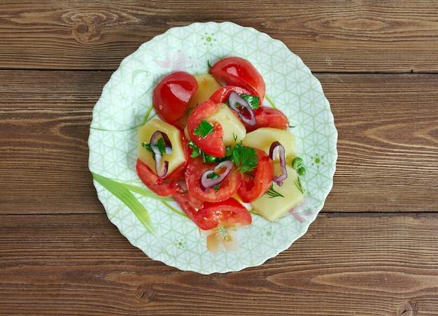 Insalata pantesca. mediterrane salade van sicilië.