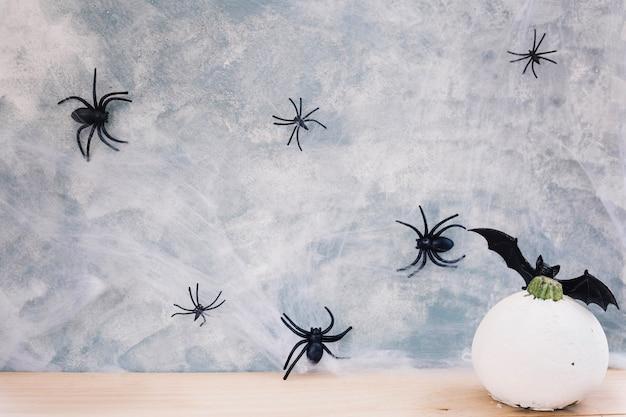 Insecten en pompoen decoraties