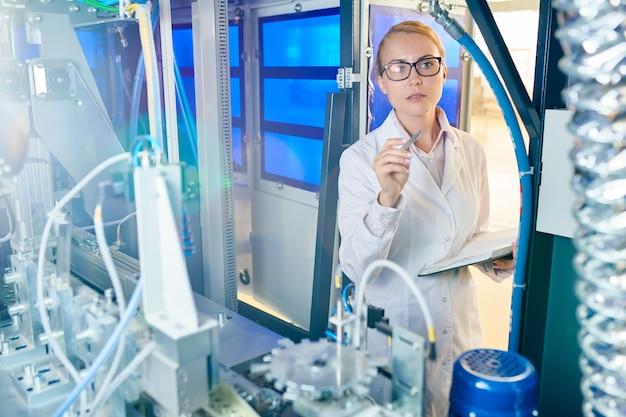 Inspectie van moderne apparatuur uitvoeren