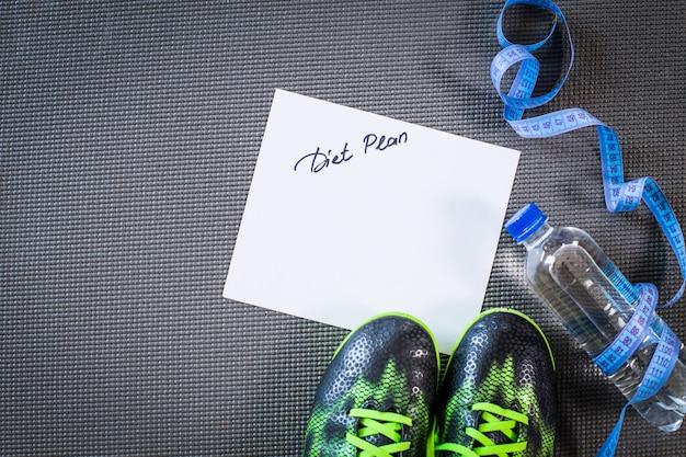 Instellen voor sportactiviteiten op de tegelvloer
