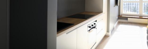 Interieur keuken na reparatie elektrische netwerken