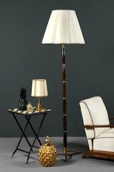 Interieur met stijlvol vintage meubilair