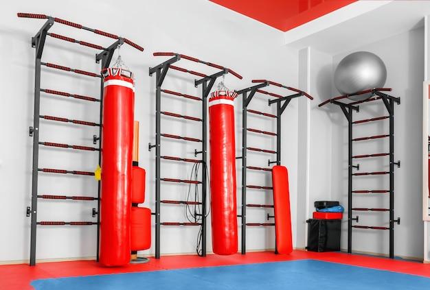 Interieur van moderne sportschool