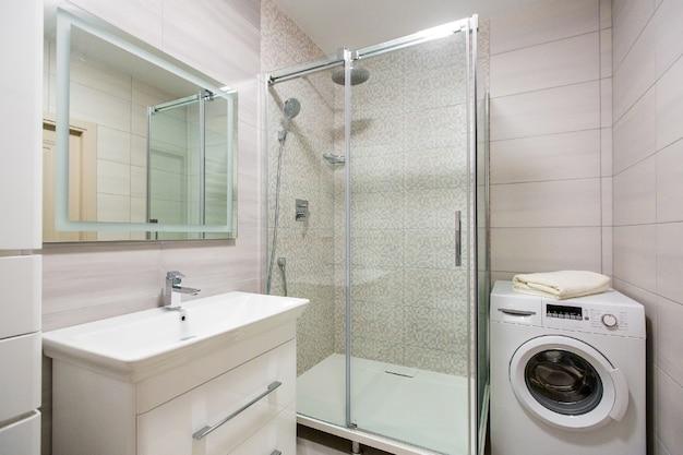 Interieurfotografie, badkamer met moderne mooie tegels