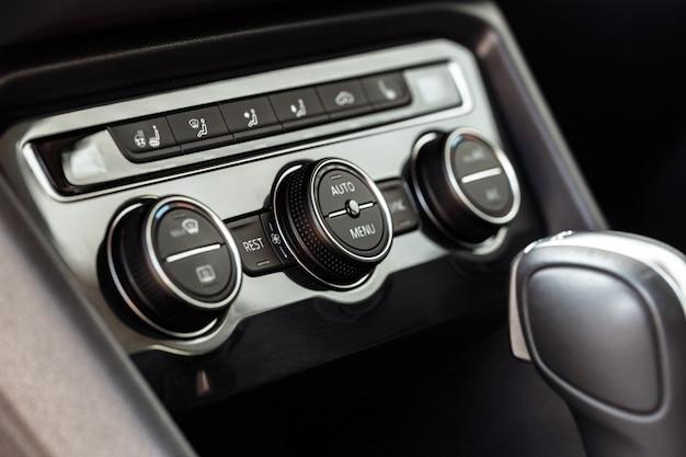 Interieurontwerp nieuw auto