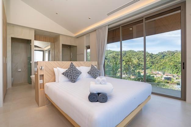 Interiointerieurontwerp van slaapkamer in een hotel