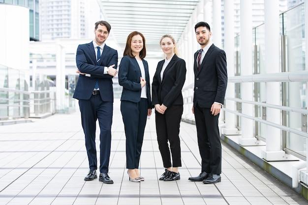 Internationaal zakelijk team