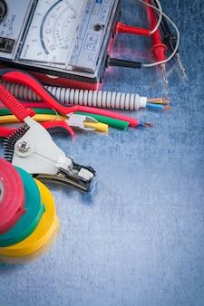 Inzameling van het concept van de het beeldbouw van de elektriciteitshulpmiddelen hoogste mening