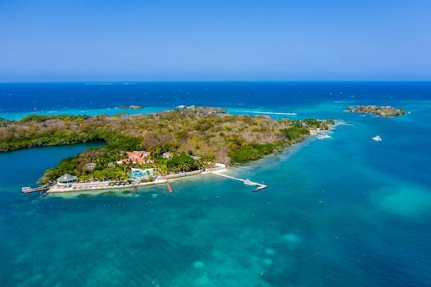 Isla grande rosario archipel cartagena colombia luchtfoto.