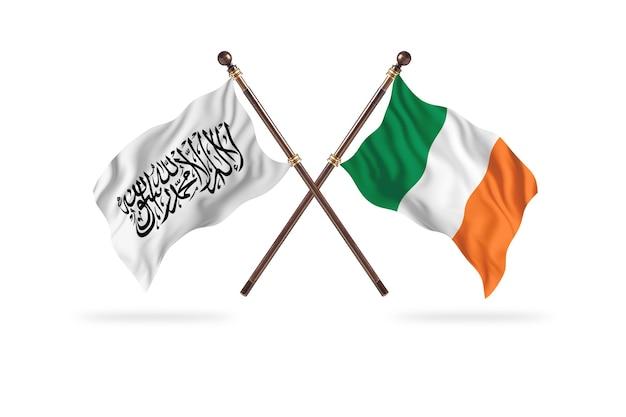 Islamitisch emiraat afghanistan versus ierland twee vlaggen achtergrond