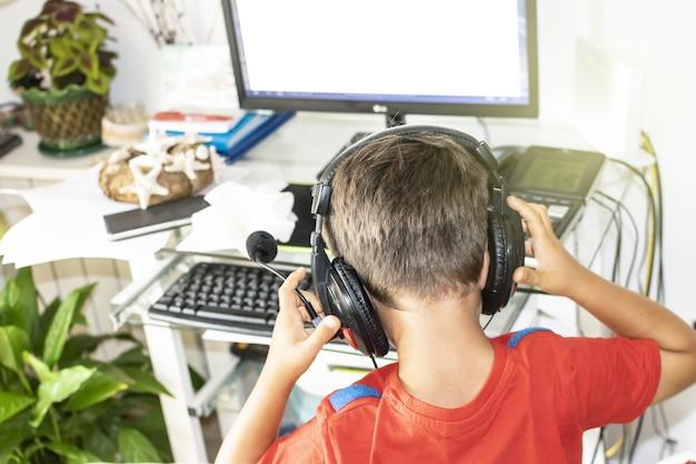 Isolatie bij kinderen door verslaving aan nieuwe technologieën