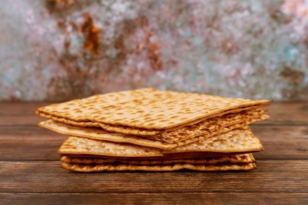 Israëlisch matza-brood voor de joodse feestdag.