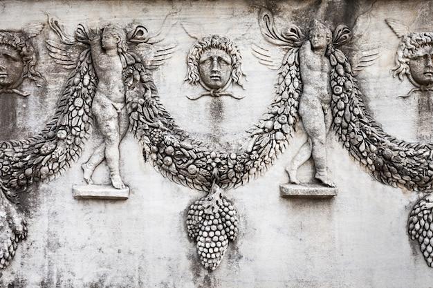 Istanboel, turkije - september 07, 2014: istanboel archeologisch museum op 07 september 2014 in istanboel, turkije