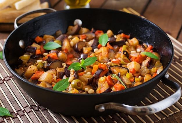 Italiaanse caponata met pan