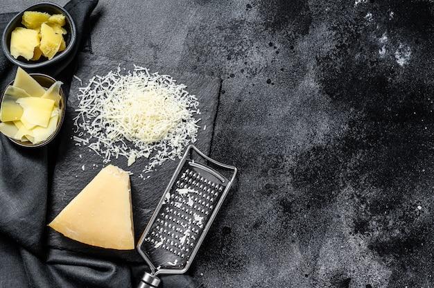 Italiaanse harde parmezaanse kaas.