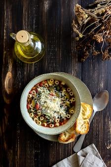 Italiaanse minestronesoep.