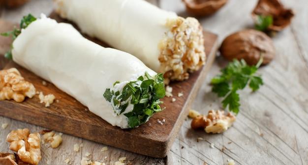 Italiaanse mozzarella sticks gevuld met ricotta