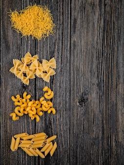 Italiaanse pasta farfalle fellini penne