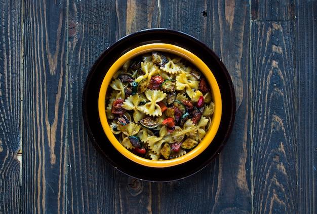 Italiaanse pasta met groenten