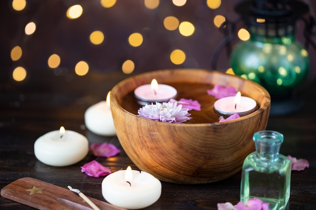 Items voor aromatherapie, massage. ontspan en spa thema