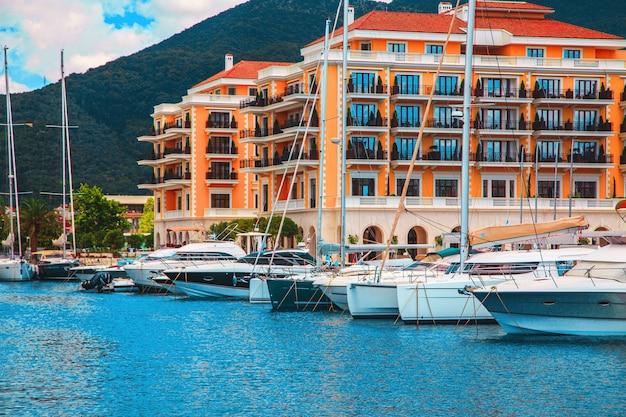 Jachthaven in montenegro