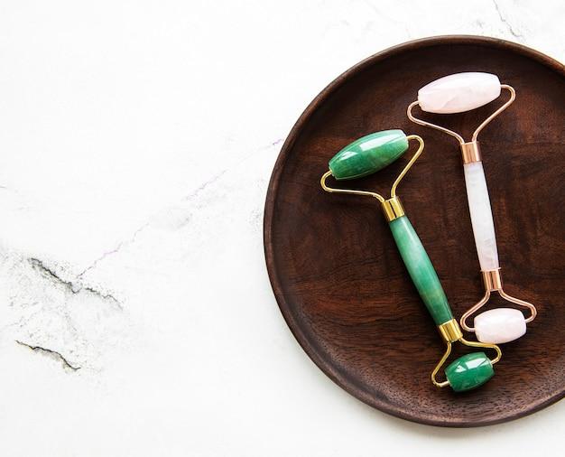 Jade gezichtsrollers voor schoonheidsbehandeling voor gezichtsmassage