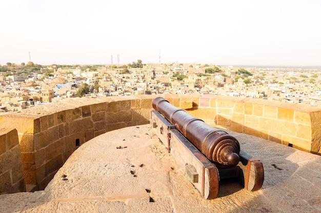 Jaisalmer india oud kanon in jaisalmer fort