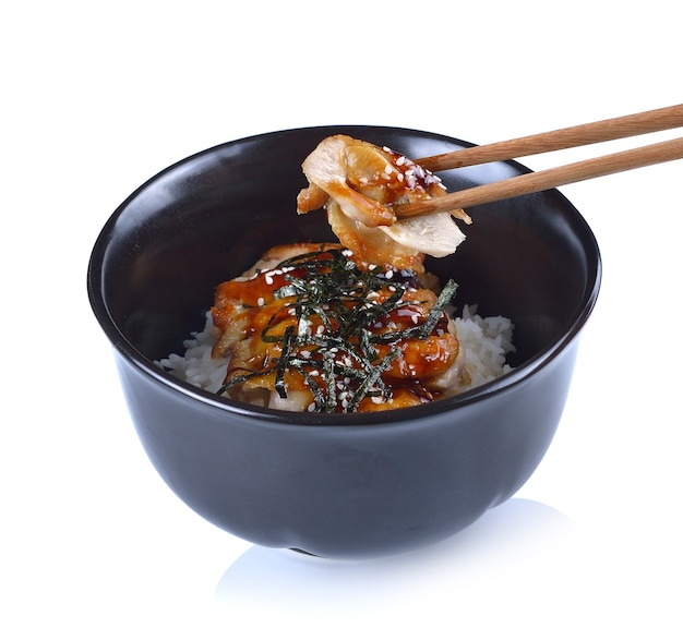 Japans eten rijst met kip in teriyakisaus