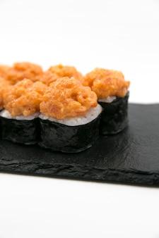 Japanse broodjes op een lichte achtergrond