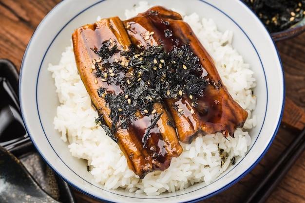 Japanse paling gegrild met rijstkom of unagi don