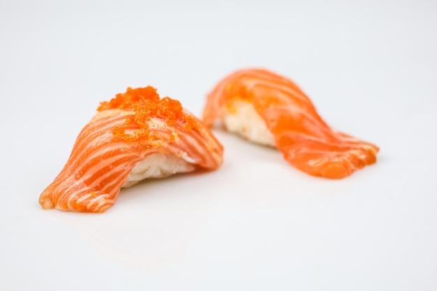 Japanse saba-sushi of rauwe makreel-vissushi